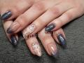 Gel nagels met getekende nail-art